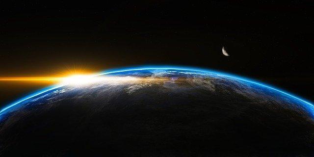 Solopgang over jordkloden